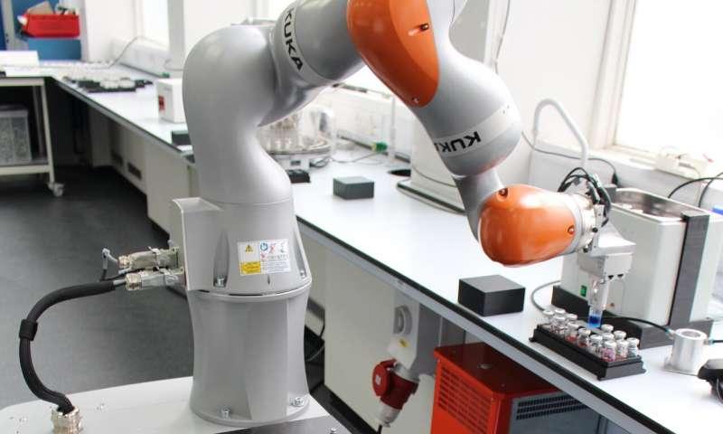 Assistente robotico